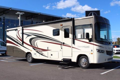2016 Ford Super Duty F-53 Motorhome