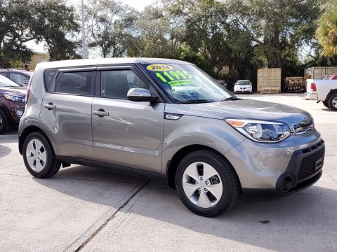 Pre-Owned 2014 Kia Soul + FWD Sedan